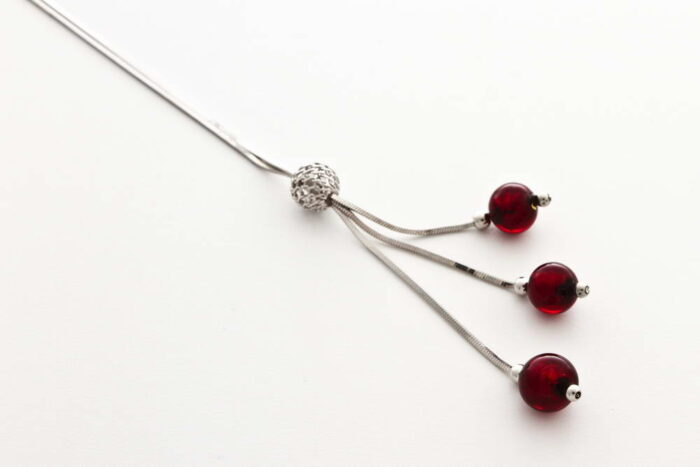 Glass and gold leaf necklace triple bead, red