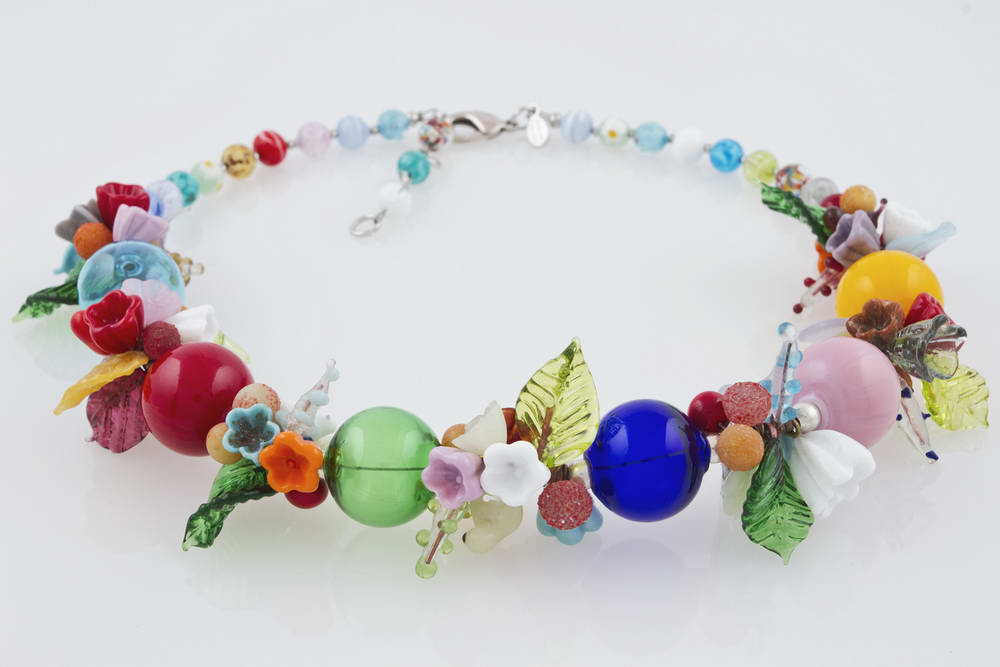 Blown glass necklace with flowers pattern, multicolor