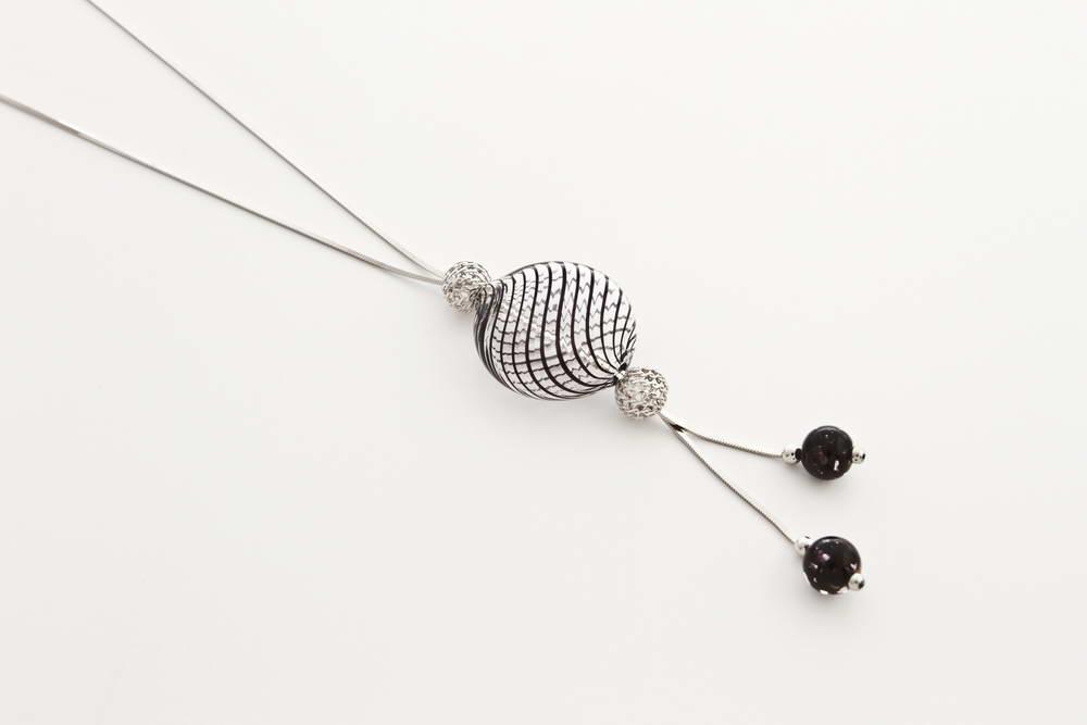 Double bead blown glass necklace, black