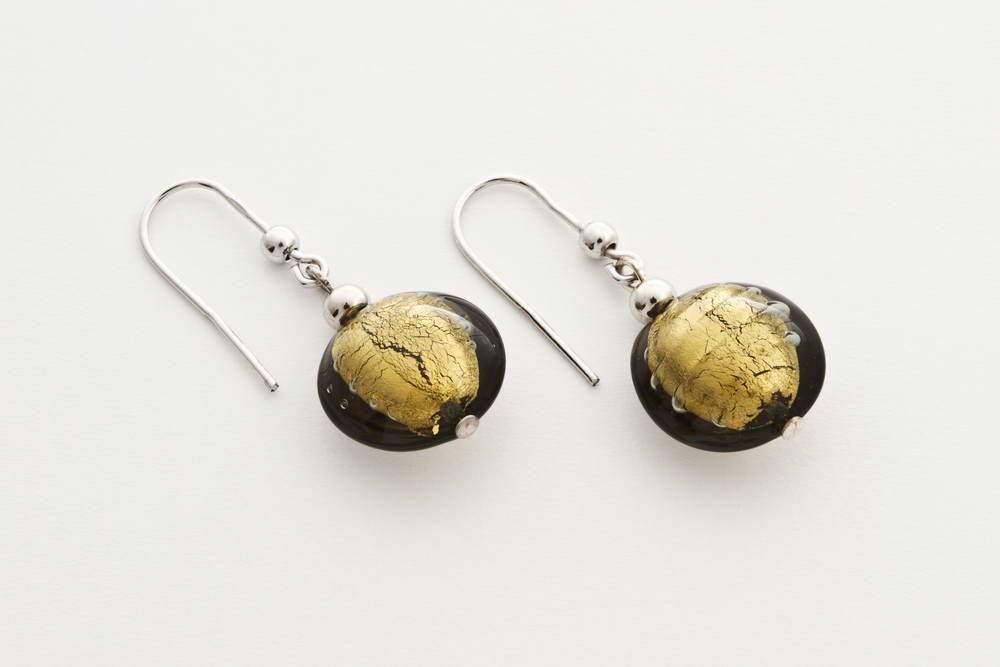 Orecchini in vetro e foglia oro, acciaio oro