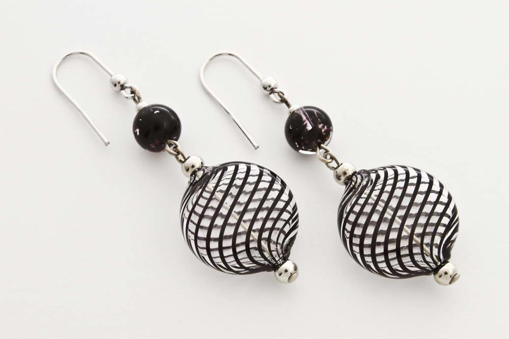 Flat blown glass and aventurine earrings, black